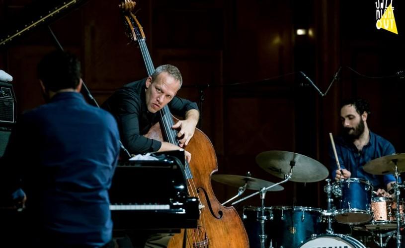 Avishai Cohen trio. Sau jazz cu 3 istraelieni: Cohen, Dor şi Mor