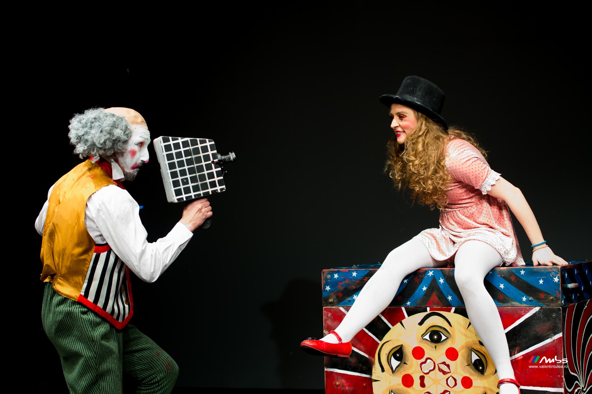 teatru Aglaja De Corina
