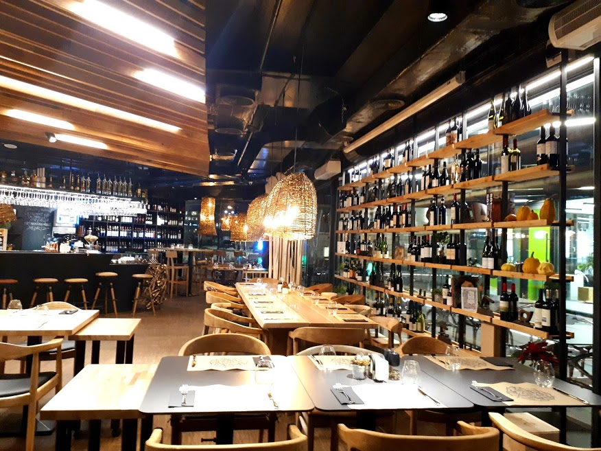 gastrolab-restaurant-bucurești-new-in-town-design-interior-locație