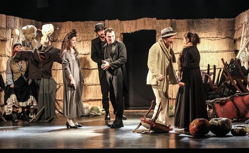 teatru, Piatra din Casă, Toma Caragiu Ploiești, regie A. Dabija