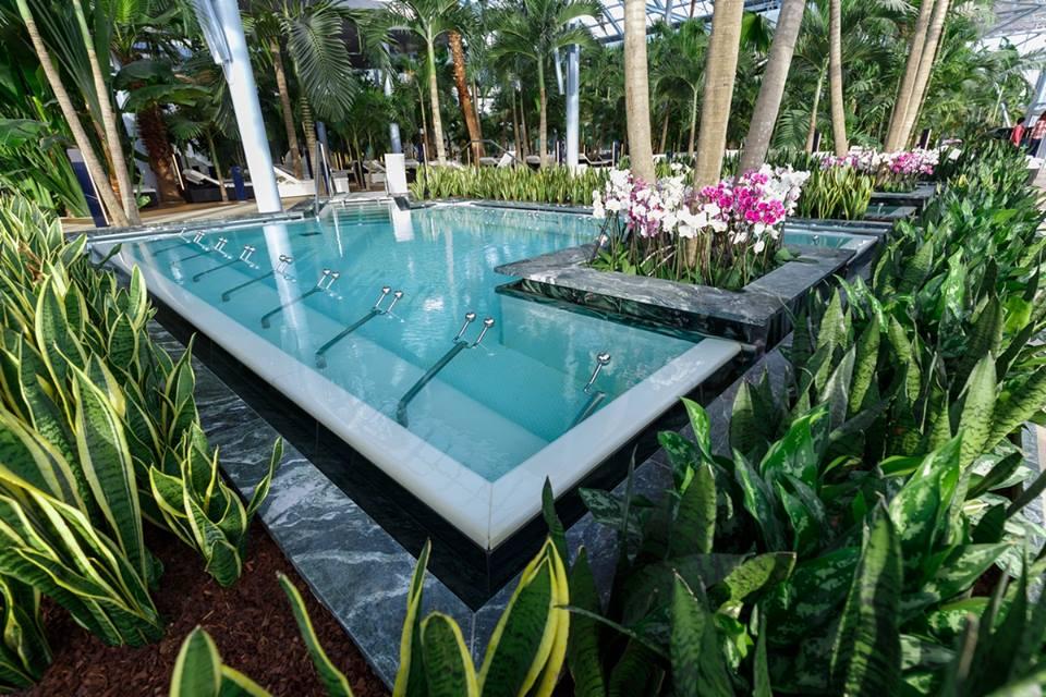 therme-piscină-apă-termală