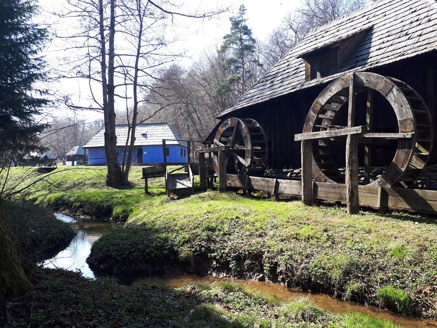 muzeul-satului-slow-food-moara-apa