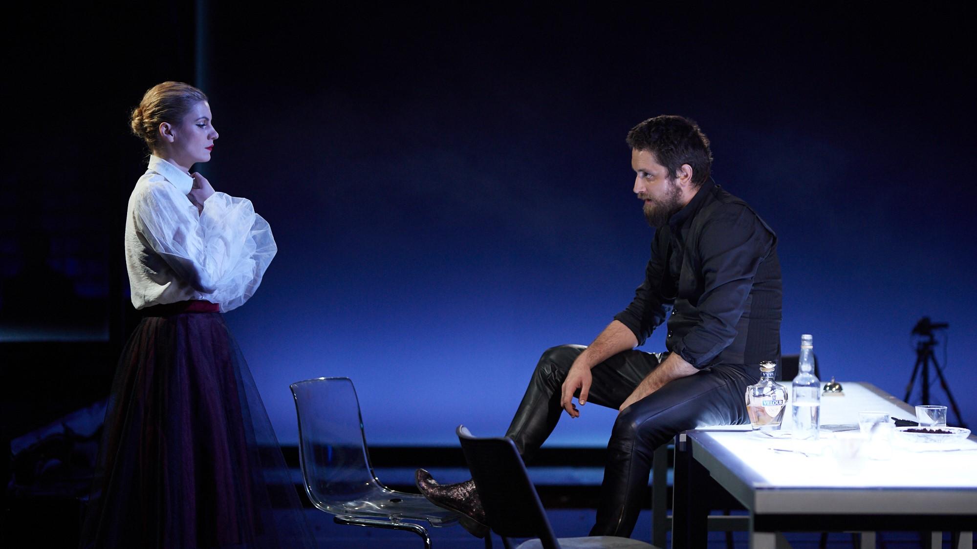 Delirium, Teaatrul Odeon, regie Vlad Massaci