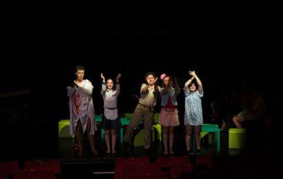 COMING OF stAGE (Univ. Arte Tg. Mureș): Teatru despre teatru.