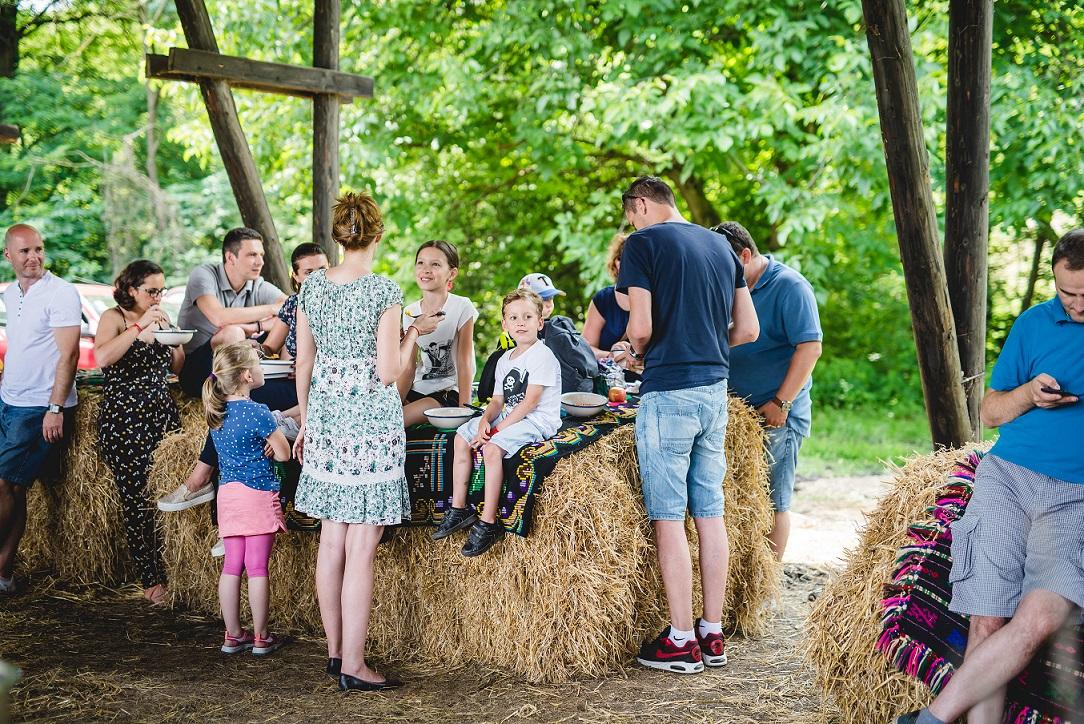 Brunch Asociația My Transylvania, mâncare românească tradițională în sate, familie