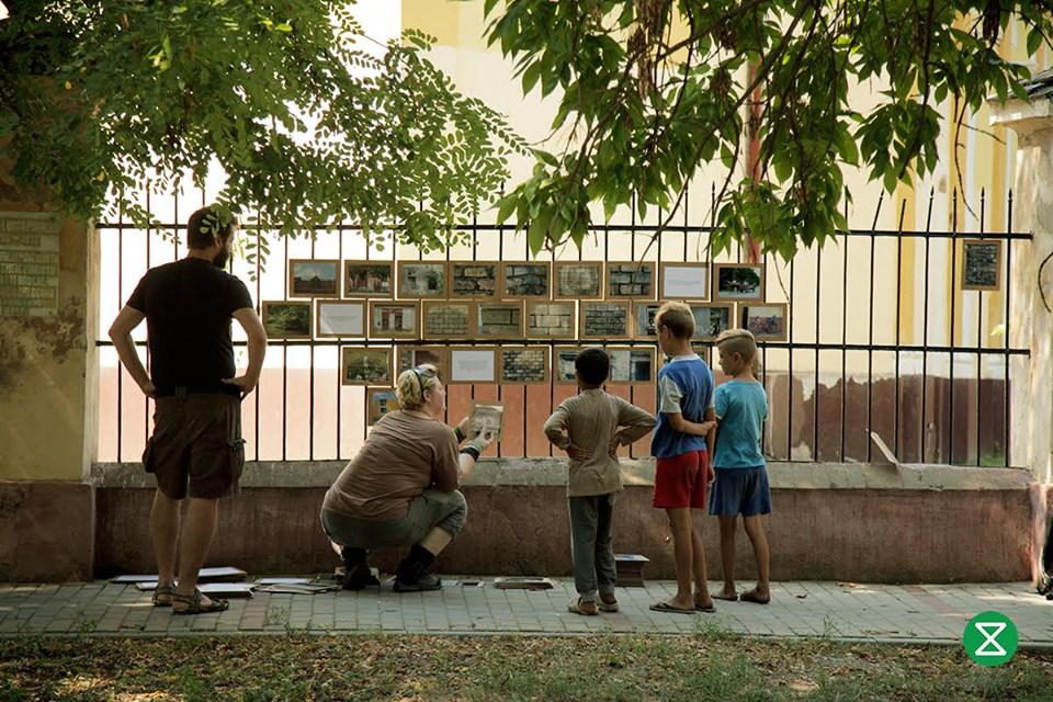 Expoziție foto, sat Comloșu Mare
