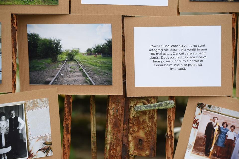 Expoziție foto