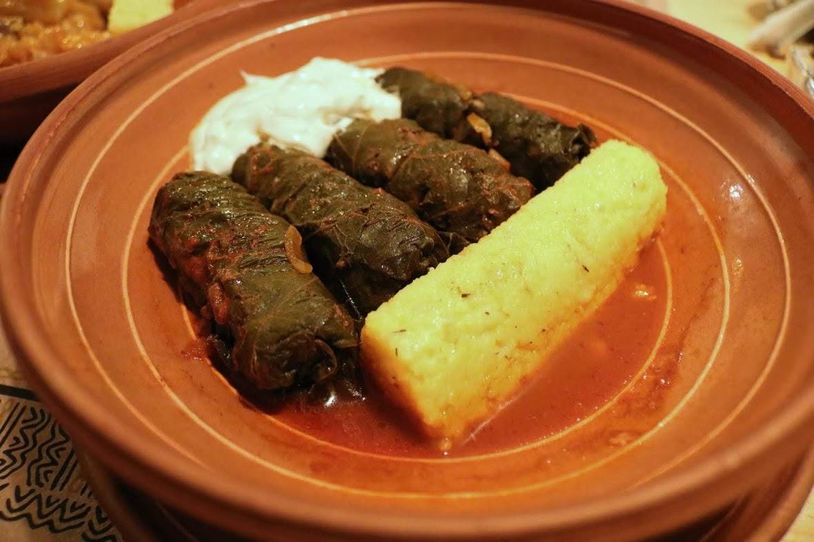 Blid locantă românească, restaurant București
