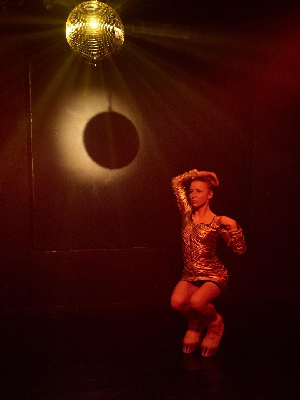 Andrea Gavriliu dans, Unteatru, Cataclisma