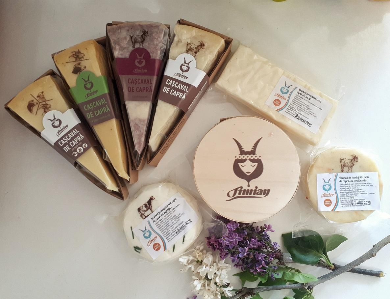 Timian, brânzeturi artizanale maturate, producător local, poză De Corina blogle maturate, producător local, poză De Corina blog