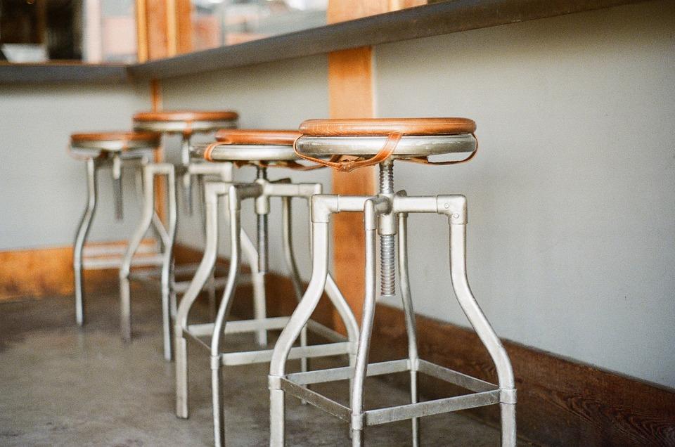 bar, restaurant, cafenea închis pe timp de pandemie