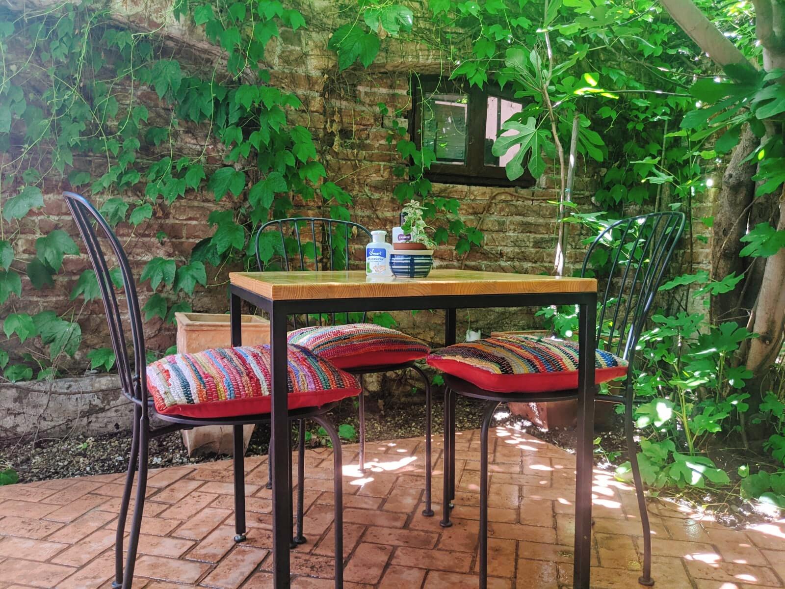 Blid locantă românească terasă