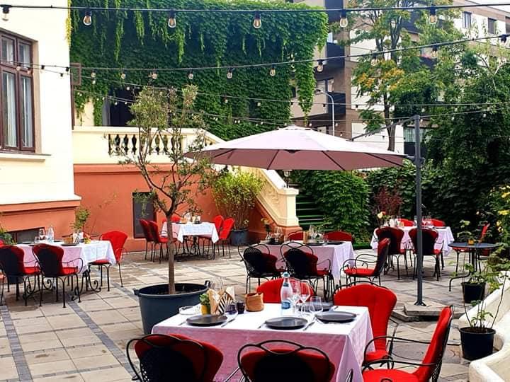 Restaurant Ciao Niki terasă